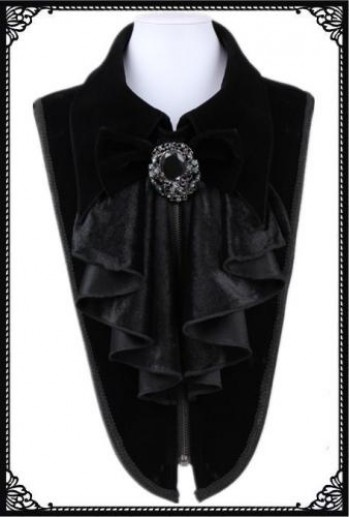 Gothic collar with ruby brouch